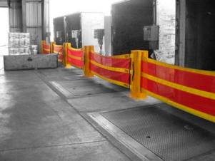 barrera de seguridad en muelle de carga