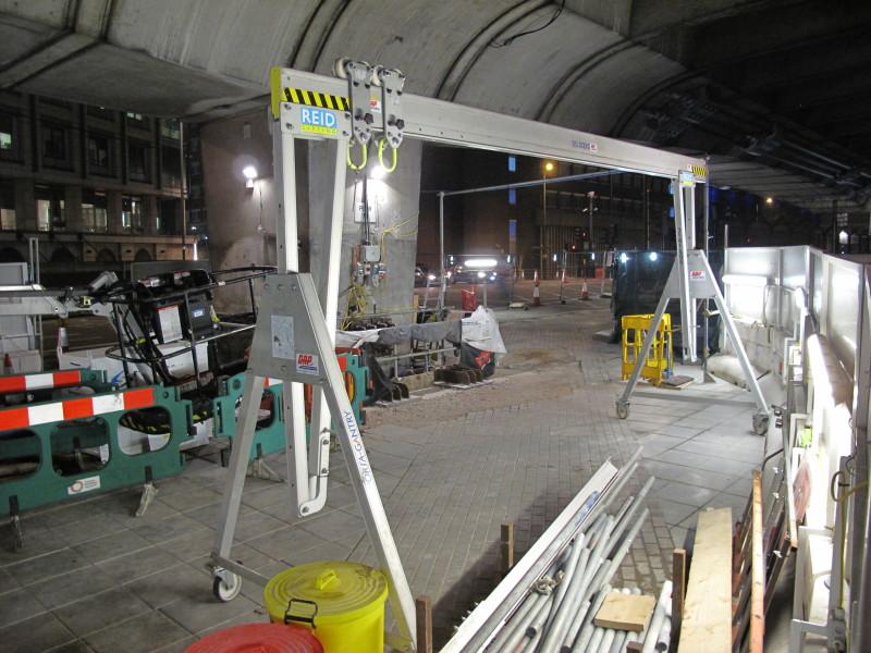 Puente grúa ligero aluminio montaje 3