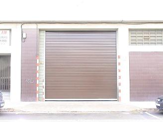 Puerta enrollable aislamiento interior 03