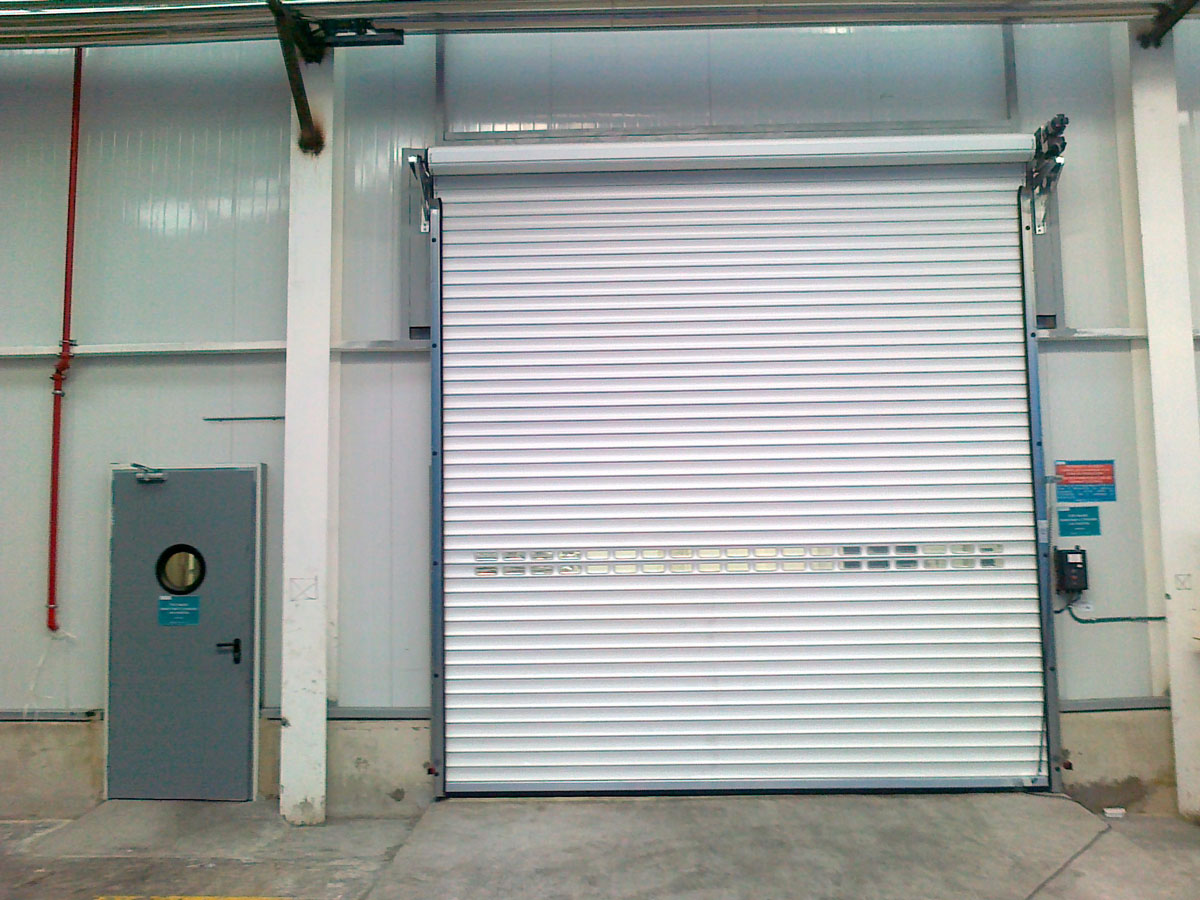 Aluminum roller shutter door closed