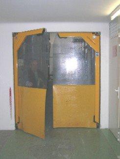 puerta-flexible-batiente.jpg