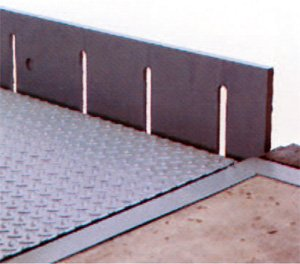 Ramp at rest with the safety lip arranged
