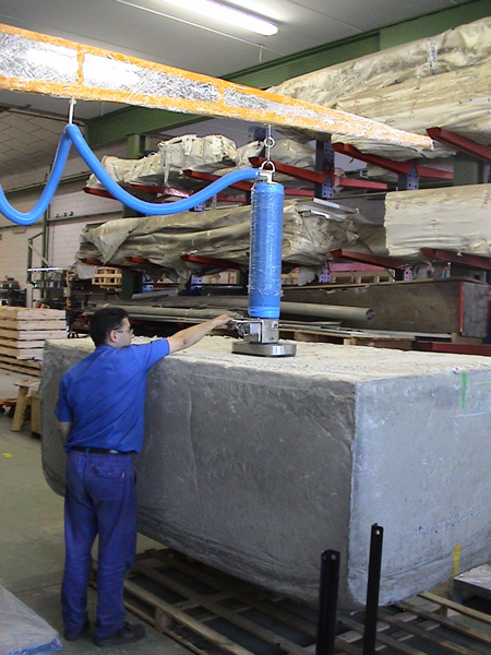 Manipulador vacío TROMPEX para bloques de piedra 02