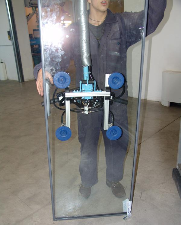 Ingravido para vidrio inclinacion 10 grados para facilitar el ajuste