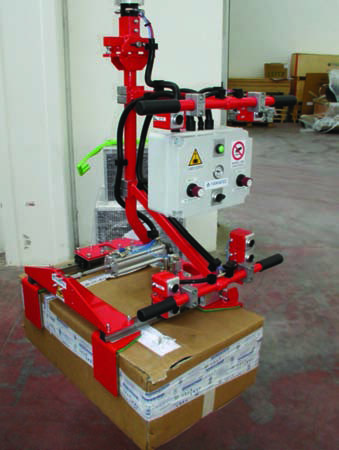 Weightless manipulator for boxes