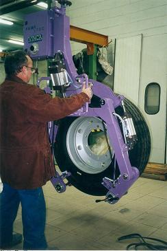 Ingrávido con pinza exterior para ruedas