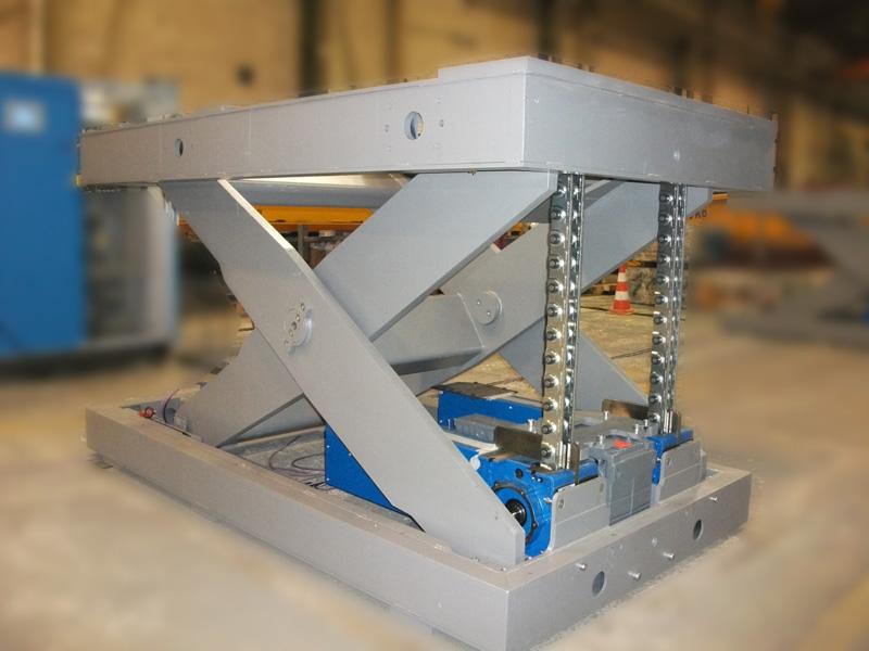 Mesa elevadora de tijera con cadena serapid 2