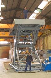 Mesa tijera simple hasta 30t de carga equipada con bloqueadores