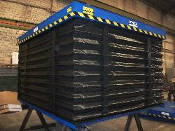 Mesa elevadora de tijera simple con fuelle perimetral de proteccion