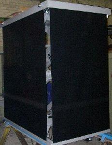 Mesa elevadora de tijeras doble con cortina de protección
