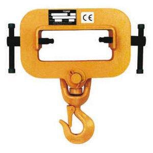 Accessories under hooks hooks