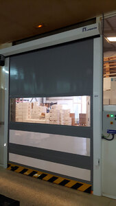 Puerta industrial practic roll 02