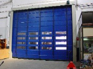 Rapid hyperflex folding door
