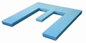 E-shaped top surface for pallet handling
