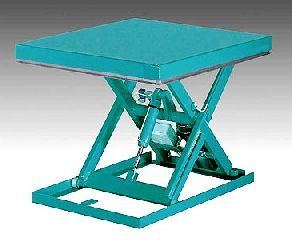 Lift table for evenly distributed loads