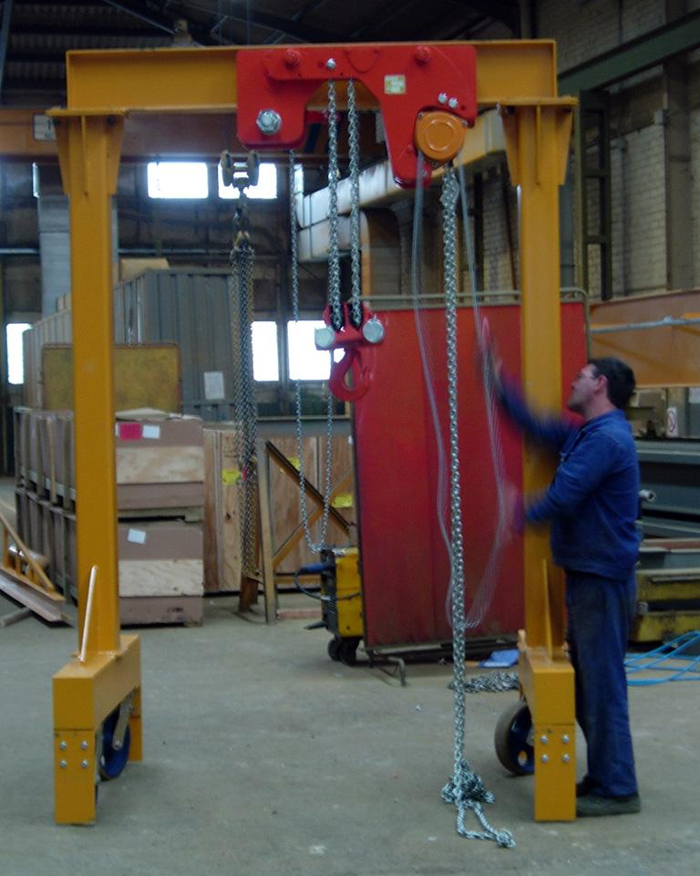 Light steel gantry industry