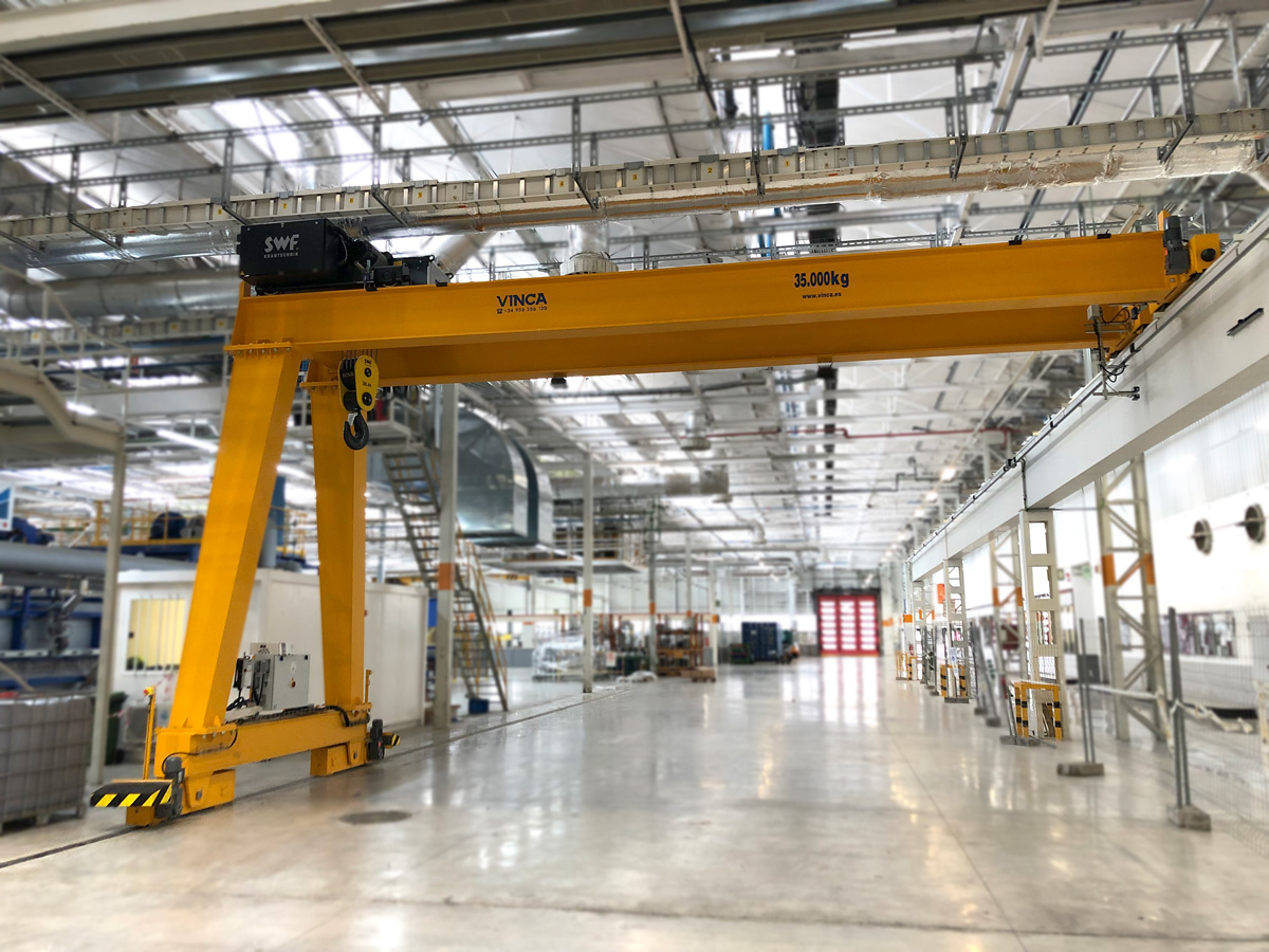 SEAT Project: Birraíl Semi-Gantry Crane