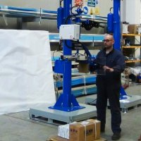 Box pneumatic manipulator