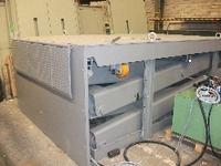 Mesa de tijera doble posición plegada con bloqueadores hidráulicos y labios manuales