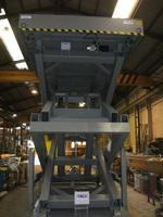 Mesa elevadora de tijera para contenedores