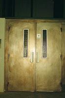 Montacargas mixto puertas 05