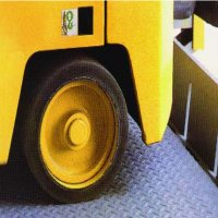 Electrohydraulic ramp safe t lip