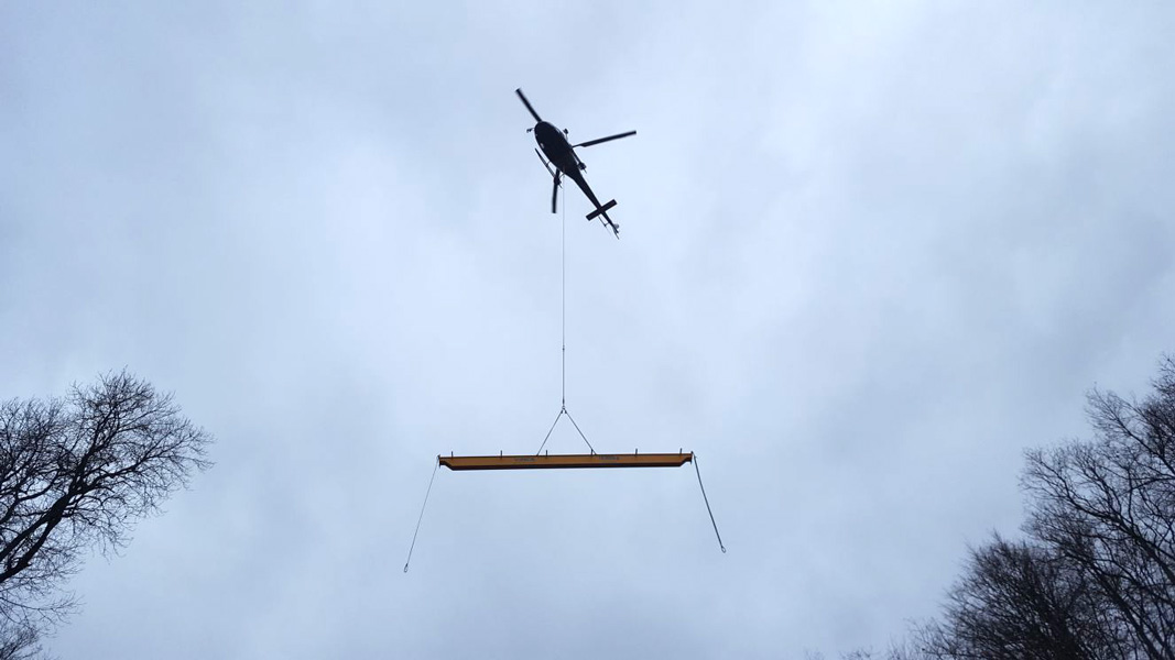 Transportation Helicopter Bridge Crane