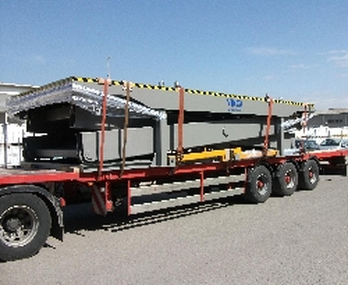 Transporte de mesa elevadora de tijera simple